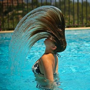 Какой водой мыть волосы. Советы и рекомендации