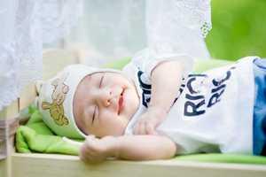 Ученые рассказали, о чем думают младенцы во сне