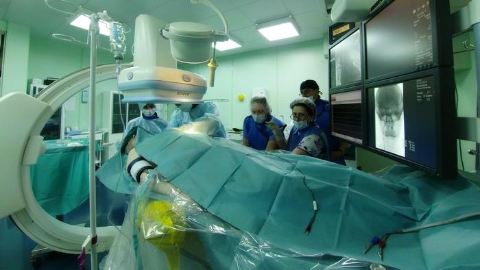 В Петербурге пациенту имплантировали
